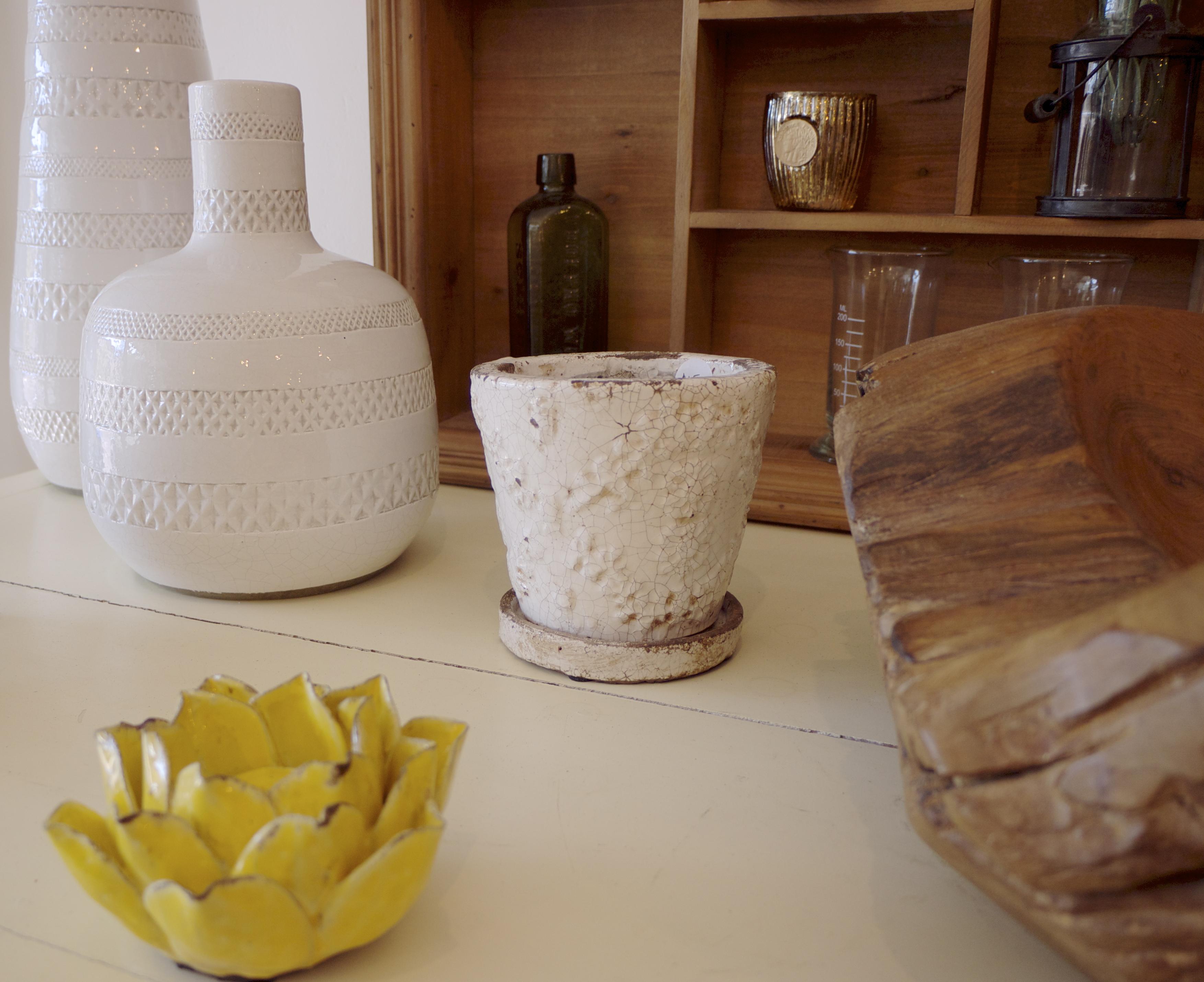 Sky Parlour White Pottery
