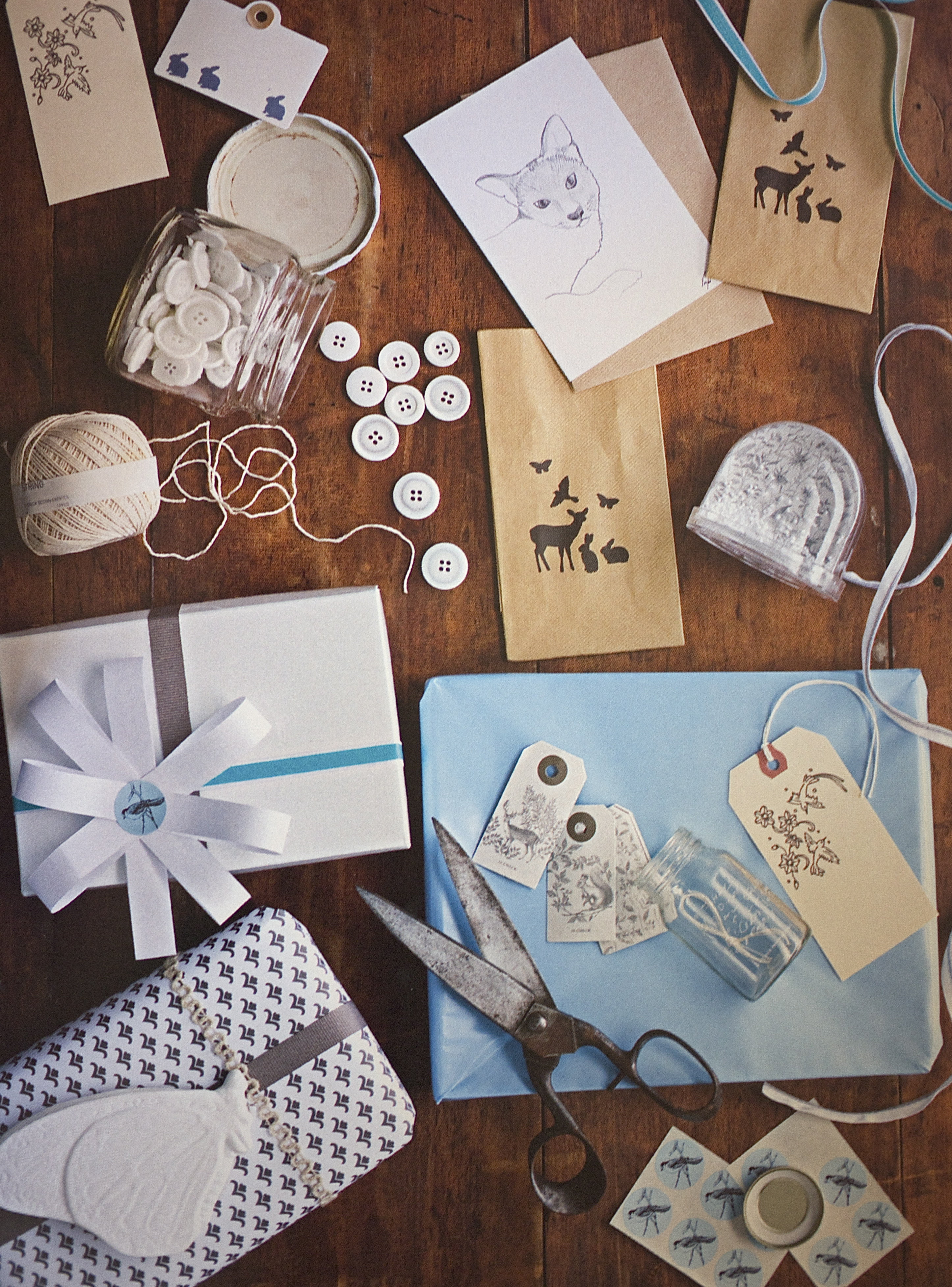 82 Modern Style Ideas - Stationery and Wrapping