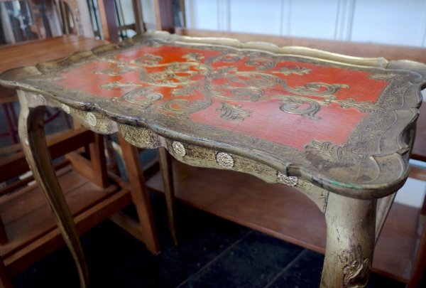 The Bronte Tram - Vintage Table
