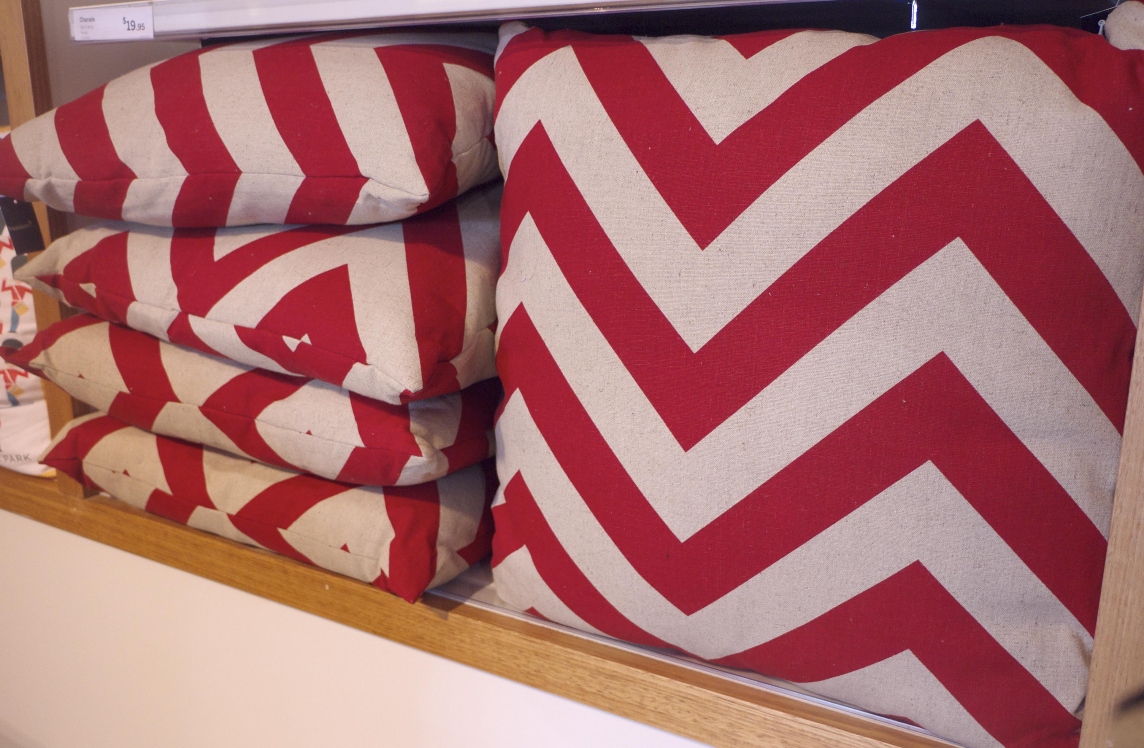 Freedom Top Ryde - Chevron Cushions