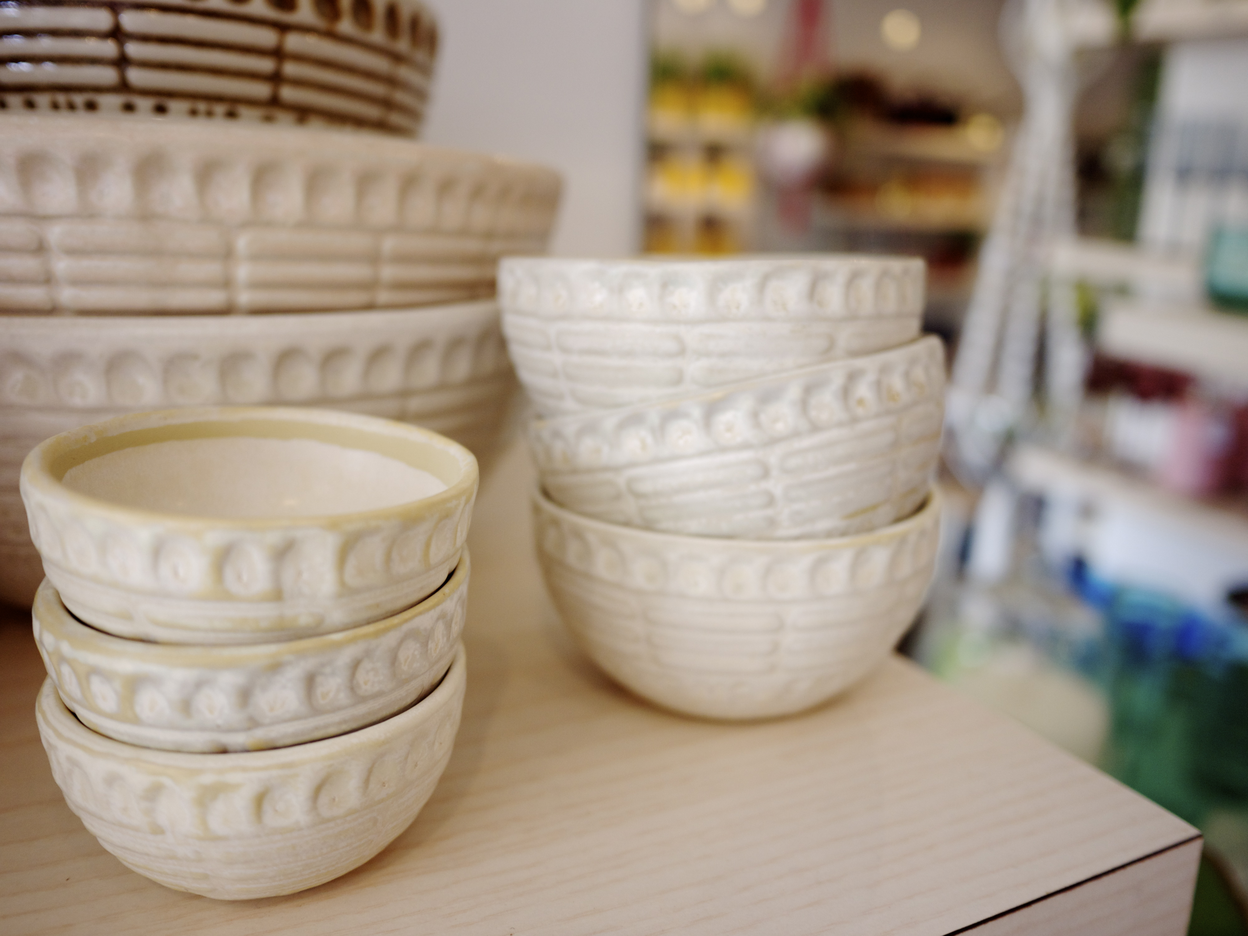 Terrace Outdoor Living - Small White Bowls