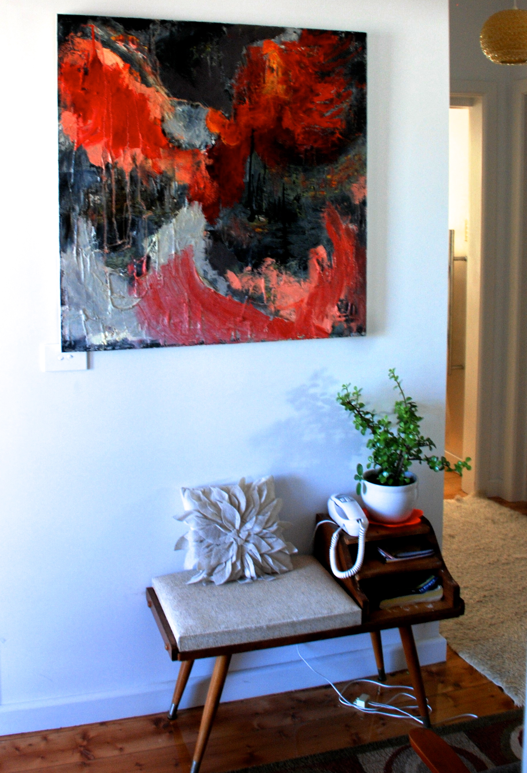 Inside the Home of Artist Carolyn O'neill
