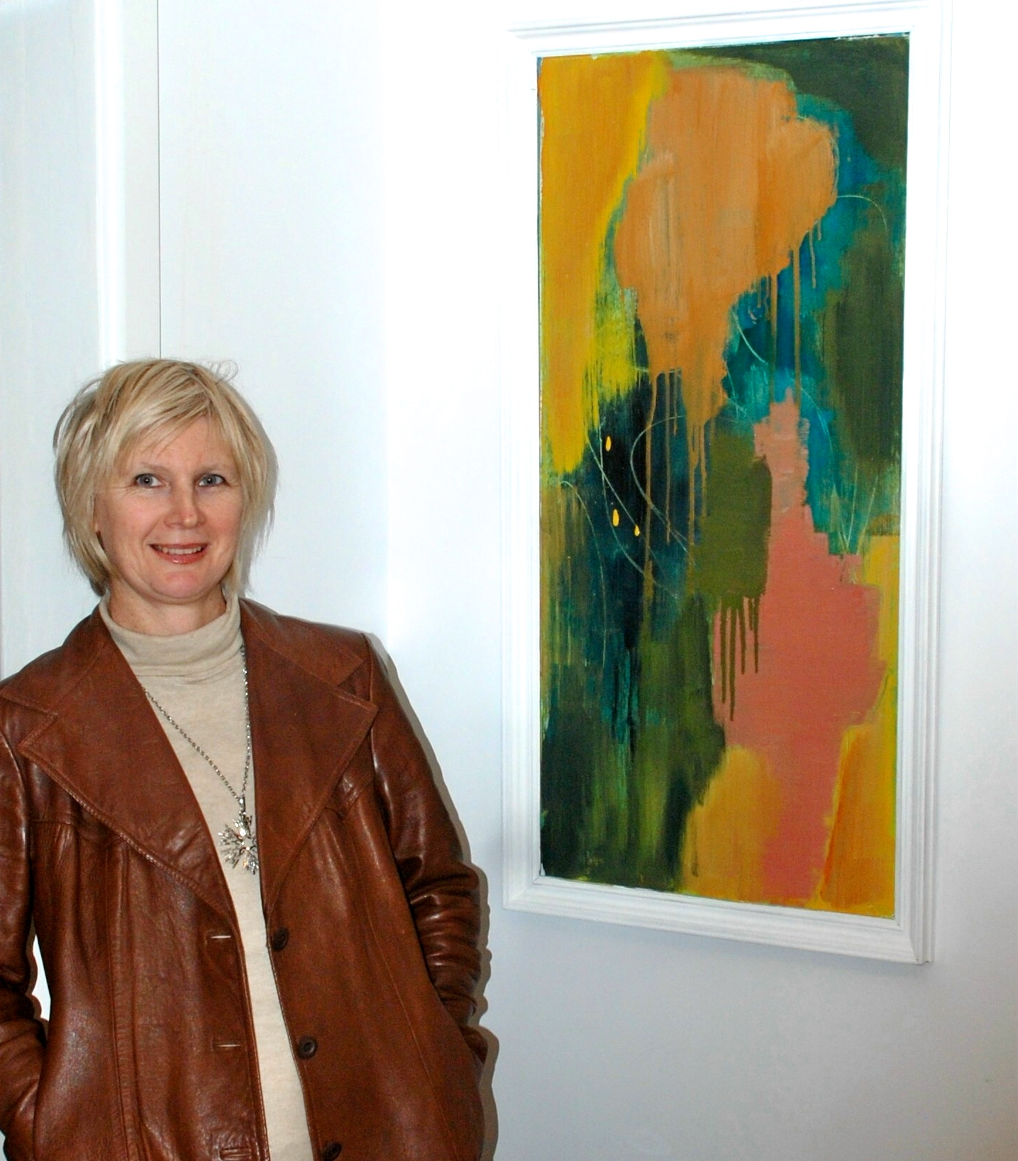 Artist Carolyn O'neill with her Art