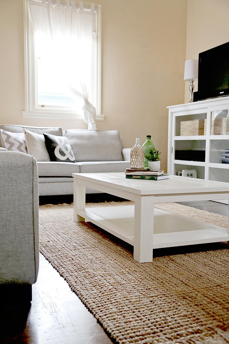 Amber Stapff's Scandi Style Living Room