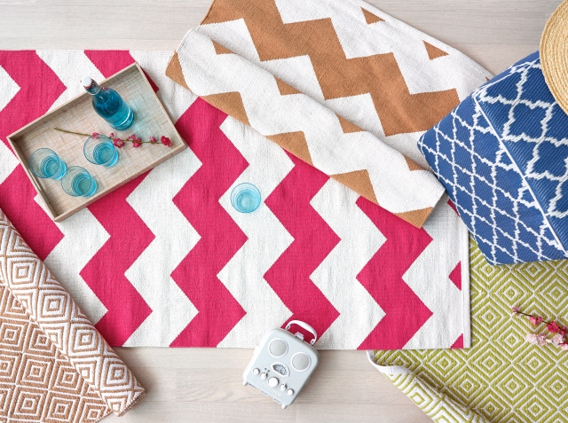 Rugs - colourful chevron design