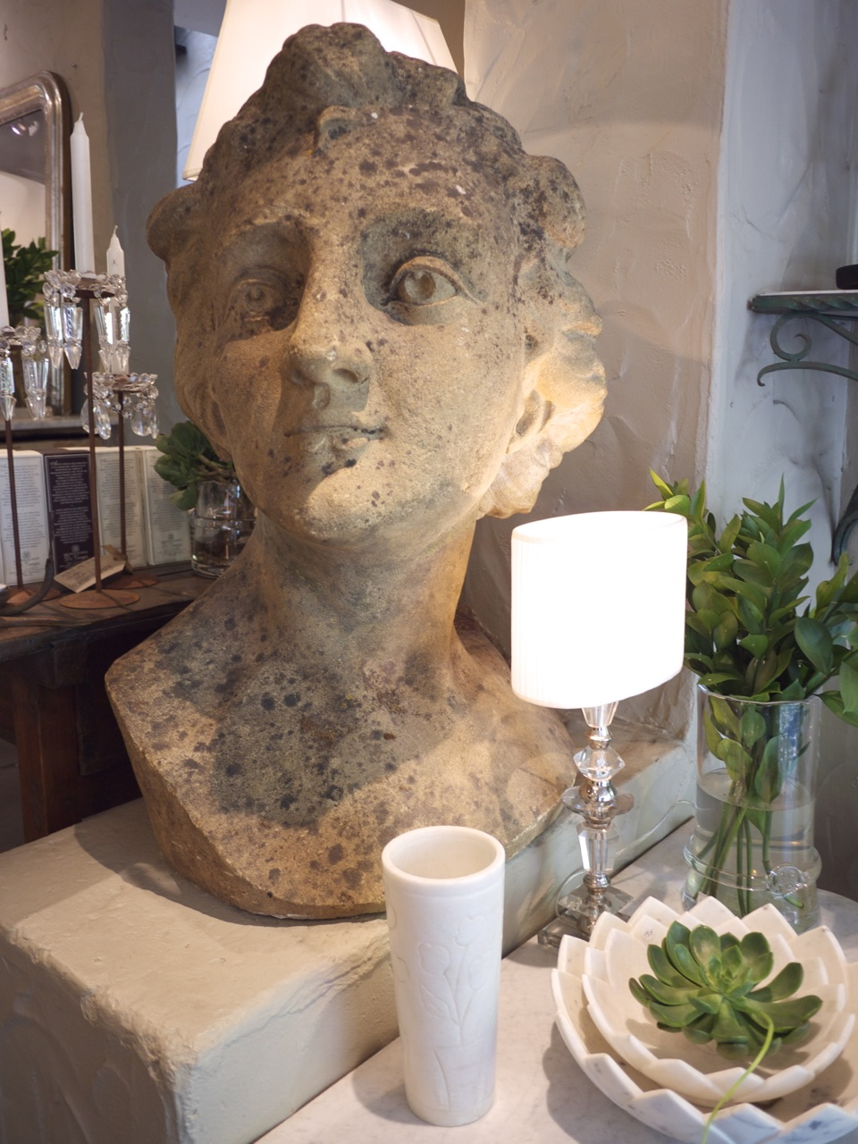 Parterre in Woollahra - Stone Head